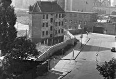 Anfang der 60er J-Die Grenzanlagen am S-Bahnhof Nordbahnhof von der Wohnung im Wedding ausgesehen