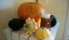 Yellow Houses, House Ideas, Pumpkin, Vegetables, Food, Pumpkins, Essen, Vegetable Recipes, Meals