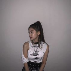 yeji itzy low quality grain aesthetic lq grainy hd high definition hwang yeji lucy황예지 있지 g e o r g i a n a : 있 지 Kpop Girl Groups, Korean Girl Groups, Kpop Girls, Indie, Future Girlfriend, Grunge, Foto Pose, Asian, Chanbaek