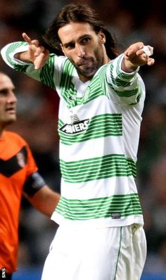 James Forrest scores in stoppage time as Celtic beat Shakhter Karagandy in a dramatic Champions League play-off. Football Soccer, Football Shirts, Fifa, Celtic Fc, European Cup, Irish Men, Random Quotes, One Team, Champions League