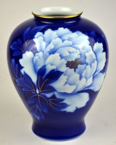 Fine China Vase Porcelain Imperial of Japan Peony Flower Blue.