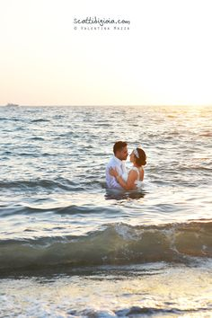 Extra romantic sea wedding! Photo © www.scattidigioia.com - Photo © Valentina Mazza
