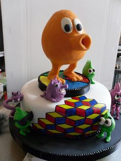 Q-bert nerdy cake for gamers