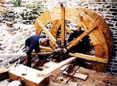Montagne de la nouvelle roue © J.-P. Le Cam, 2003