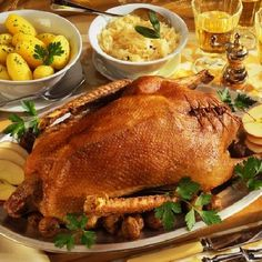 Márton napi sült liba receptek   Hungarian Food, Hungarian Recipes, Turkey, Lunch, Peru, Hungarian Cuisine, Lunches