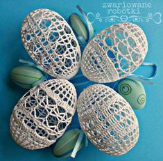 Crochet Christmas Decorations, Christmas Ornaments, Easter Crafts, Holiday Crafts, Crochet Placemats, Egg Designs, Easter Crochet, Yarn Ball, Crochet Blanket Patterns