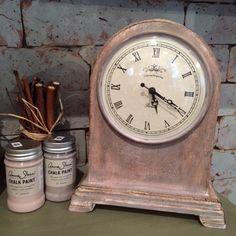Clock - Annie Sloan Chalk Paint Antoinette and Paloma színeivel festettem, Clear Wax, majd Dark Waxal antikoltam