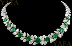 HARRY WINSTON Diamond and Emerald Necklace - Yafa Jewelry
