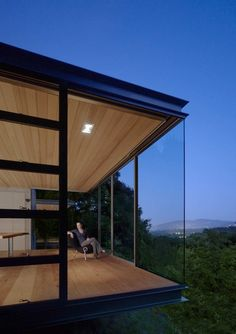 Swatt Miers Architects have designed a group of Tea Houses in Silicon Valley, California.