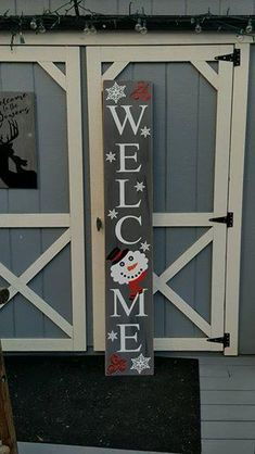 6ft Tall Snowman Porch Sign Christmas Wooden Signs, Christmas Wood Crafts, Pallet Christmas, Holiday Signs, Snowman Crafts, Christmas Front Porches, Outdoor Christmas, Christmas Tree Glitter, Christmas Projects