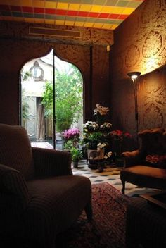 Divine and decadent interiors on pinterest victorian bohemian and - Decoration maison de famille ...