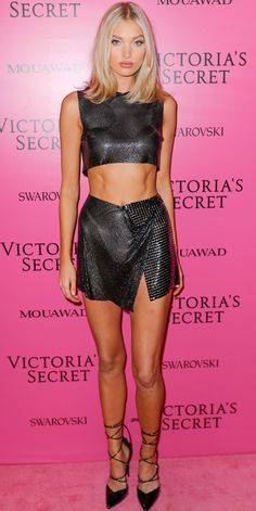 Elsa Hosk showed us the art of mixing highs with lows. For the VSFS after party, the model paired a sexy two-piece by Fannie Schiavoni with $50 pumps from PrettyLittleThing.