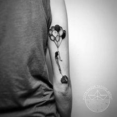 #piotr_mazur_tattoo #tattoo #blackwork #dotwork #woodcut #woodcuttattoo #bw #blackworkers #blackworkerssubmission #btattooing #blacktattooart #onlyblackart #tattrx #blacktattoomag #theartoftattoos #girltattoo #balloontattoo #dreamer