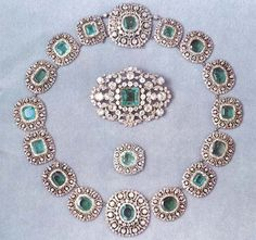 Swedish Crown Jewels The Emerald Demi-parure. No idea on the year this ...