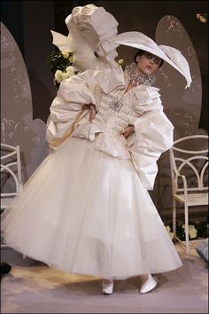 Different Wedding Dresses (Page Why marriage ceremony clothes are so costly? There are two sides to this argument. Some say that as a result of bridal clothes use beautiful materials. Different Wedding Dresses Dior Wedding Dresses, Different Wedding Dresses, Christian Dior Couture, Dior Haute Couture, Bridal Outfits, Bridal Gowns, Galliano Dior, John Galliano, Big Skirts