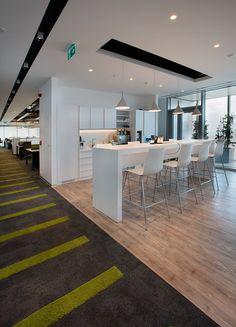 Cigna Finance Office #office #officecafeteria http://www.ironageoffice.com/