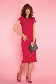 #furelle #furellefashion #furellestyle #style #fashion #designer #fashiondesigner #takaja #beyourself #woman #womanfashion #fashionity #womanity #womanhood #takaja #womandress #fuschia #elegantdress #dress #woman #nacodzien #outfit #outfitoftheday Elle Fashion, Womens Fashion, Nurses, Outfit Of The Day, Dresses For Work, Colours, Woman, Fashion Design, Outfits