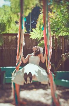 Love this! Someday I will have a tree swing JUST to do this