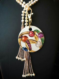Handpainted by Mariela Villasmil   on 0317 - Artists best painted Bijou de sac rond by Bijoux de Passy