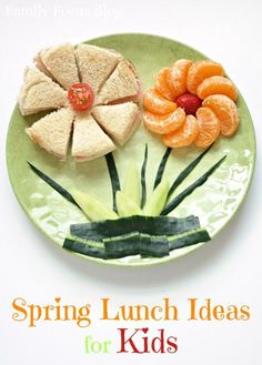 Spring Lunch Ideas for Kids- flower sandwich and flower fruit, creative food for children