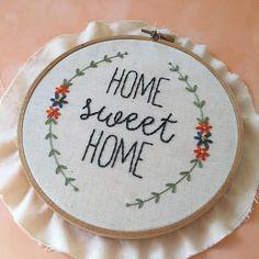 Sweet and simple! Embroidery hoop art by Suosaari on Etsy.