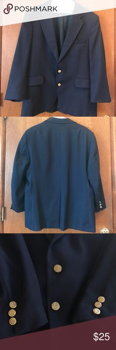 Navy Blue Sports Coat Munsingwear Mens Sports Coat. In good condition. Has been dry cleaned. There is no tag for the material on the Coat. Dry Clean only. NO TRADES!  #362 Munsingwear Suits & Blazers Sport Coats & Blazers
