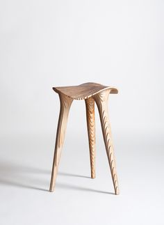 Sadl Stool - Raw Wood by LMBRJK