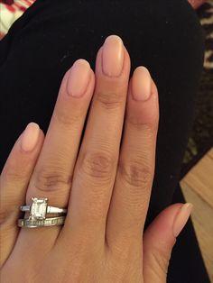 Matte OPI Bubble Bath gel manicure