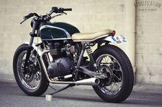 Clutch Custom Motorcycles   Triumph T100