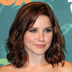 easy up hairstyles : , but medium is the new it length -- its easy to style and maintain ...