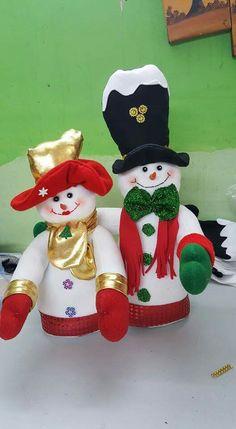 Elf On The Shelf, Snowman, Diy And Crafts, Christmas Ornaments, Holiday Decor, Ideas, Home Decor, Handmade Christmas Crafts, Tela