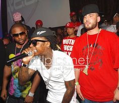 """Lil Wayne & DJ Drama Working On Dedication 6 (News)- http://getmybuzzup.com/wp-content/uploads/2015/02/418703-thumb.jpg- http://getmybuzzup.com/lil-wayne-dj-drama-working-dedication-6-news/- By BIGNOAH256 Lil Wayne & DJ Drama last blessed fans with a """"Dedication"""" mixtape in September of 2013 (After releasing one the prior year as well)! Everyone knows the Carter 5 is still severing jail time via Birdman & Cash Money Records. But it seems that isn't stopping"""