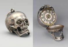 skull clock pendant *tick *tock