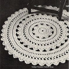 Doily Rug Crochet PDF Pattern 36 in diameter Crochet Doily Rug Pattern – A round rug, 36 inches in diameter, it's a bit of lacy design for your floor decor. Now, how fun it that ? This doily rug pattern is available at Vintage Knit Crochet Pattern Shop Mandala Au Crochet, Crochet Doily Rug, Crochet Rug Patterns, Crochet Borders, Crochet Home, Crochet Crafts, Crochet Projects, Crochet Edgings, Tapete Doily