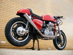 1982 Red Honda Classic Cx500 Cafe Racer