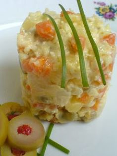 Boeuf Salad ***** must insist on it, because in Romania it is prepared salad at the new year. It is a Romanian traditional recipe is made i. Cold Vegetable Salads, Hungarian Recipes, Romanian Recipes, My Favorite Food, Favorite Recipes, European Cuisine, Good Food, Yummy Food, Romanian Food