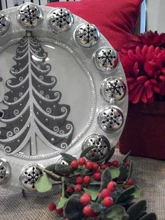 The best of the best for a buck! tree Christmas decor, tablescapes, crafts and more round up} - Debbiedoo's The best of the best for a buck! tree Christmas decor, tablescapes, crafts and more round up} - Debbiedoo's Christmas Craft Fair, Dollar Tree Christmas, Silver Christmas Tree, Christmas On A Budget, Christmas Plates, Christmas Projects, Holiday Crafts, Christmas Ideas, Coastal Christmas