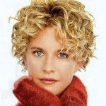 Seriously... does anyone have better hair than Meg Ryan???  Love this, so cute!