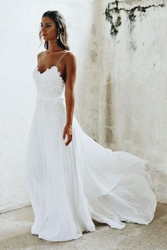 Not that I've ever wanted a beach wedding but if I did, my dress would look something like this