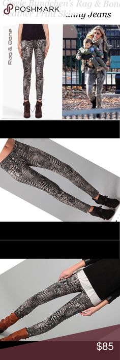 """Rag & Bone Feather Print Leggings SZ 31 NWOT Sexy Rag & Bone """"Feather"""" Leggings as worn by celebrities including model Gisele Bundchen As pictured! 😁😎. These are perfect with a 30"""" inseam 9"""" rise and 17"""" across the waist SZ 31 rag & bone Pants Leggings"""