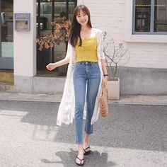Awesome 48 Captivating Female Summer Outfits Ideas For You ideas korean summer 48 Captivating Female Summer Outfits Ideas For You Korean Summer Outfits, Korean Fashion Summer, Korean Fashion Trends, Korean Street Fashion, Korea Fashion, Asian Fashion, Look Fashion, Fashion Outfits, Korean Street Style Summer