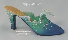 Just the Right Shoe THE WAVE - 2000
