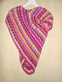 Gehaakte omslagdoek en sjaal