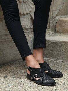 Jeffrey Campbell Singer Shoe Boot in Black (Black Python)