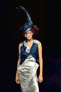 2000 - Galliano 4 Dior Show -