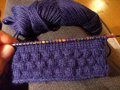 Lilians strikkeblog: Strikketeknik/mønster: Sømandsbobler 5R-UP Knitting Club, Vogue Knitting, Loom Knitting, Knitting Stitches, Crochet Chart, Knit Crochet, Knit Patterns, Stitch Patterns, Knit World