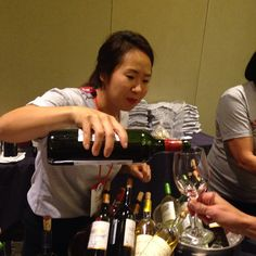 Clara is pouring some mighty fine Bordeaux wines. #ifbcbordeaux @bordeauxwines