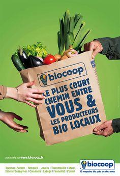 Découvrez nos Pulpes dans le réseau Biocoop ! Food Graphic Design, Food Menu Design, Fruit And Veg Shop, Medical Brochure, Vegetable Shop, Grocery Delivery Service, Cake Packaging, Social Media, Packaging