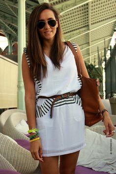 COOHUCO: SAILOR IN THE CITY  Vestido / dress - Q2 Bolso/ bag - Zara old Cinturón / belt - Vintage Accesorios / accessories: Vintage  La Señorita Bolboreta