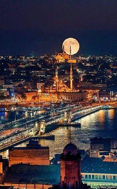 Halic Bridge on Golden Horn - Istanbul,Turkey. Budapest, Beautiful Places To Visit, Wonderful Places, Places To Travel, Places To Go, Travel Destinations, Travel Pics, Travel Europe, Travel Goals